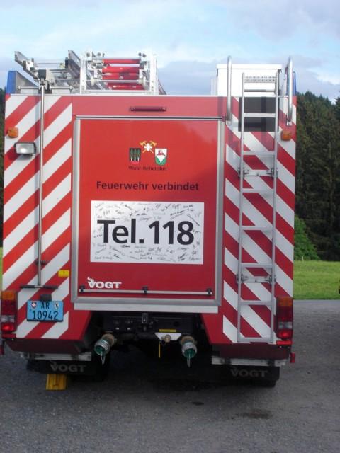 Uebung Personensuche Wald und Rehetobel Feuerwehr 2007 13.jpg.jpg