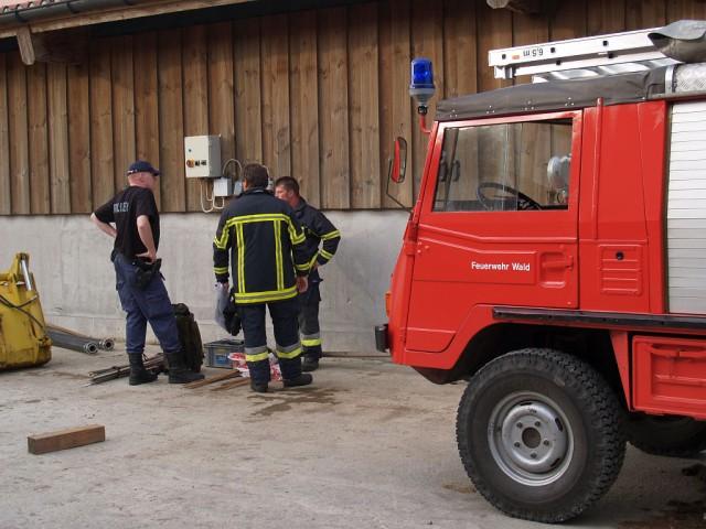 Uebung Personensuche Wald und Rehetobel Feuerwehr 2007 21.jpg.jpg