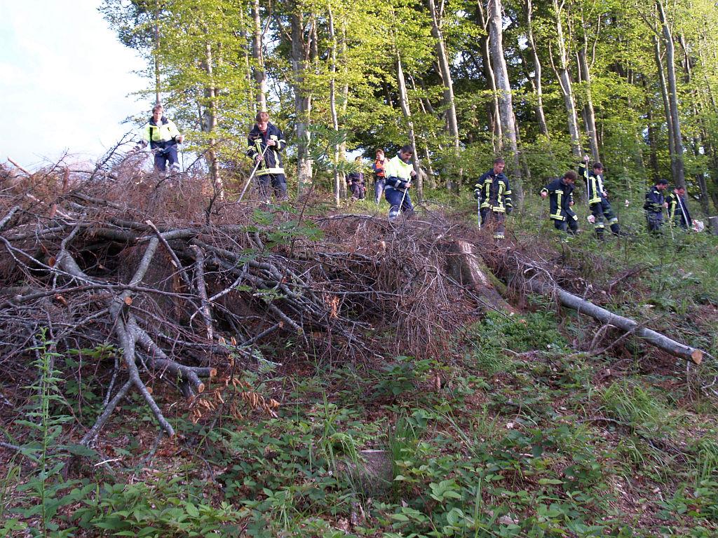 Uebung Personensuche Wald und Rehetobel Feuerwehr 2007 36.jpg.jpg