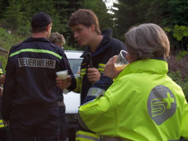 Uebung Personensuche Wald und Rehetobel Feuerwehr 2007 38.jpg.jpg