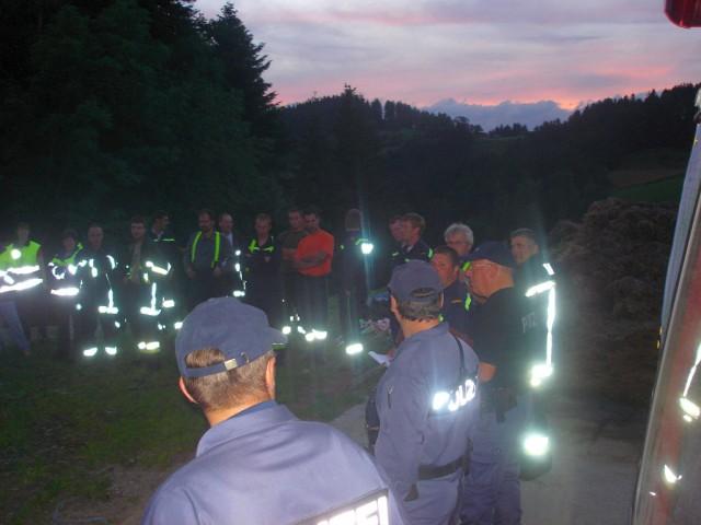 Uebung Personensuche Wald und Rehetobel Feuerwehr 2007 44.jpg.jpg